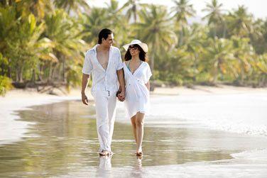 Optez pour une balade en amoureux sur cette belle plage !
