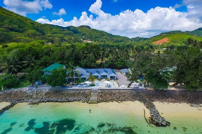 Hôtel Le Nautique Luxury Beachfront Apartments, Seychelles