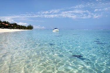 Au pied du Morne, de superbes plages vous attendent