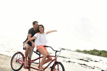 Vélo tandem sur la plage