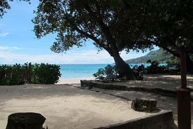 Une des plages les plus 'animées' de l'île de Mahé.