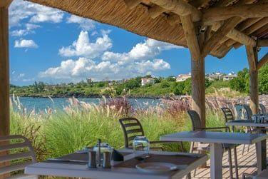 Esplanade Beach Grill... Venez goûter à la pêche du jour !