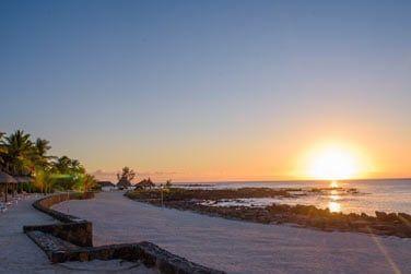 La belle plage de sable blanc...