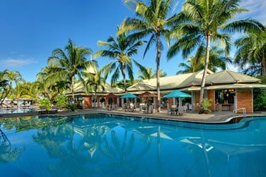 L'hôtel possède une piscine où vous pourrez vous détendre après de belles journées d'excursion