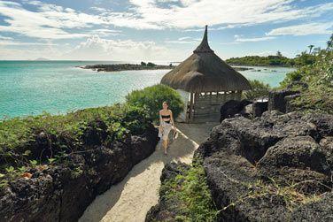 Le Paradise Cove Boutique Hotel domine un éclatant lagon turquoise