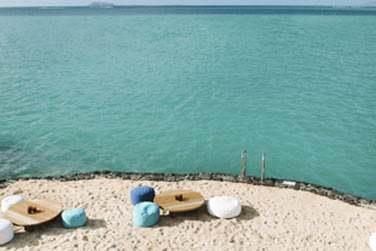 Face aux îles du nord, installez-vous confortablement sur le front de mer