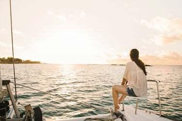 Balade en catamaran au coucher du soleil