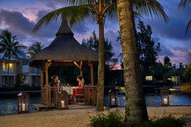 Restaurant romantique par excellence, le Cove est une adresse au charme mauricien