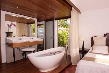 La salle de bain de la suite créole