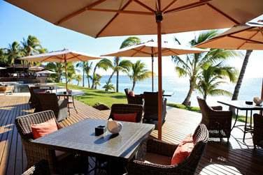 En journée, profitez de la vue imprenable sur la plage et la mer turquoise...