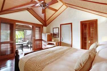 La Suite Junior Honeymoon et son balcon aménagé
