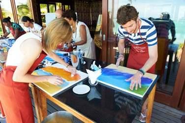 A un cours de peinture...