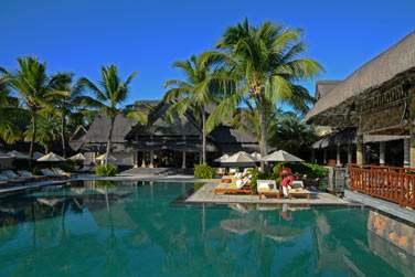 La piscine principale est un lieu où vous pourrez vous détendre. Ici, la tranquillité règne...