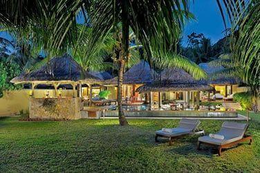 Les Villas se situent à la pointe sud de l'Anse Kerlan