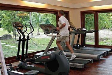 Remise en forme grâce à la salle de fitness