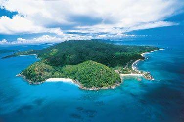 Situé au nord-ouest de l'île de Praslin
