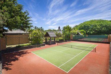 Les deux courts de tennis