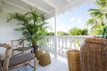 La terrasse confortablement aménagée