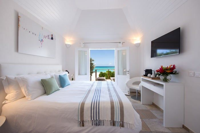 Best Island Beaches For Partying Mykonos St Barts: Le Tom Beach Hôtel, Saint-Barthélemy