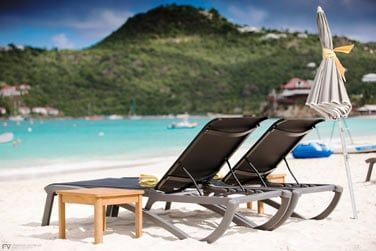 Le Tom Beach Hotel est un hôtel de charme qui vous accueille dans une ambiance chaleureuse et décontractée