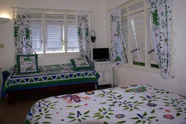 L'intérieur des bungalows au style à la fois créole et contemporain