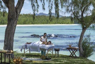 Massage relaxant face à la mer...