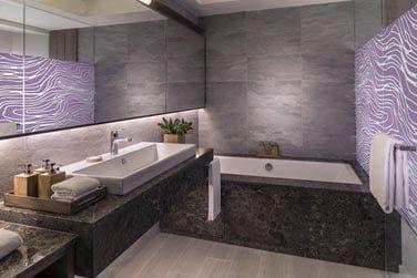 Salle de bain des Suite Junior Hibiscus