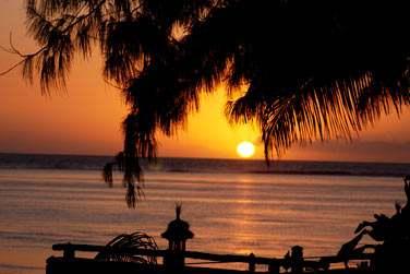 Coucher de Soleil sur la plage de Saint Gilles