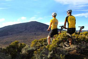 Balade en vélo au contour du volcan