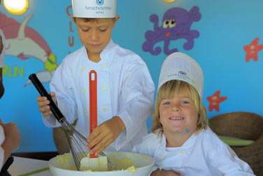 ... Cours de cuisine... De vrais apprentis cuisiniers !