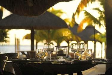 Atmosphère romantique et intimiste pour votre dîner au restaurant 'La Ravanne'