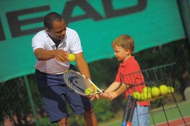 Initiation au tennis pour vos enfants