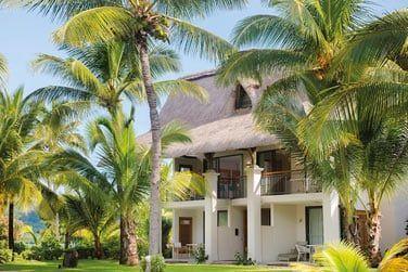 Disséminées au coeur du jarin tropical, découvrez les chambres de l'hôtel