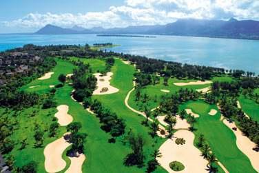 Le parcours de golf s'étend sur toute la péninsule du Morne. Un site absolument magnifique