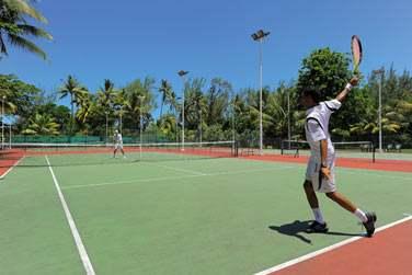 Pour les sportifs, une partie de tennis s'impose !