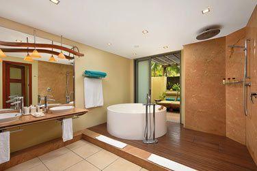 La salle de bain de la Suite Famille