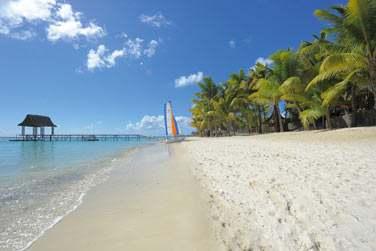 ... En bordure de l'une des plus belles plages de l'île