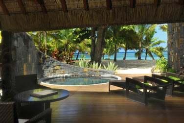 La Suite Front de mer avec sa piscine privée, à quelques pas de la plage