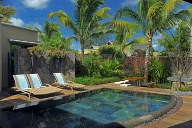 La piscine privée de la villa 3 chambres