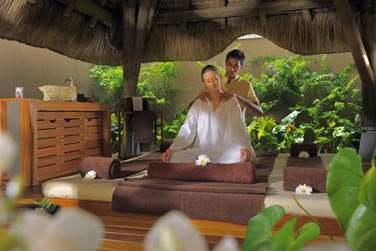 Laissez-vous tenter par un massage au magnifique Spa by Clarins