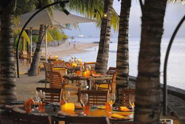 La terrasse du restaurant l'Horizon, face à la mer