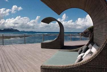 Vous serez séduit par le mariage harmonieux entre architecture locale et modernité
