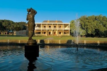 Découvrez le Château de Bel Ombre, à proximité immédiate de votre villa et de l'Heritage Golf Club