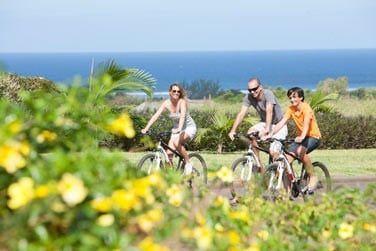 Ballde à vélo en famille au coeur du Domaine de Bel Ombre