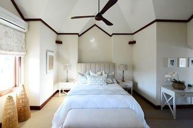 Décoration épurée pour les chambres des villas