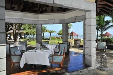 Déjeuner sur la terrasse du restaurant Coast2Coast