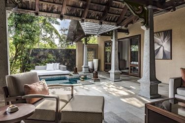 La terrasse confortable et intimiste