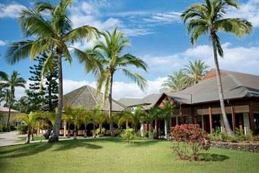 L'hôtel est niché au coeur de splendides jardins tropicaux