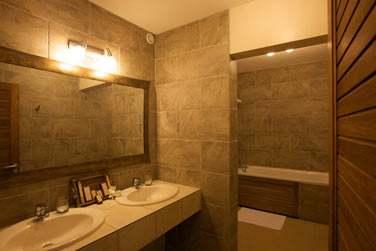 Salle de bain de la Suite Junior