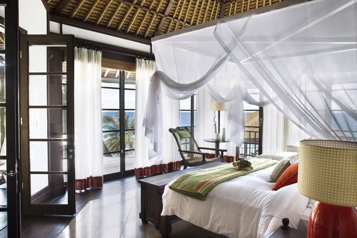 Photos h tel fregate island private seychelles for Decoration chambre thailandaise